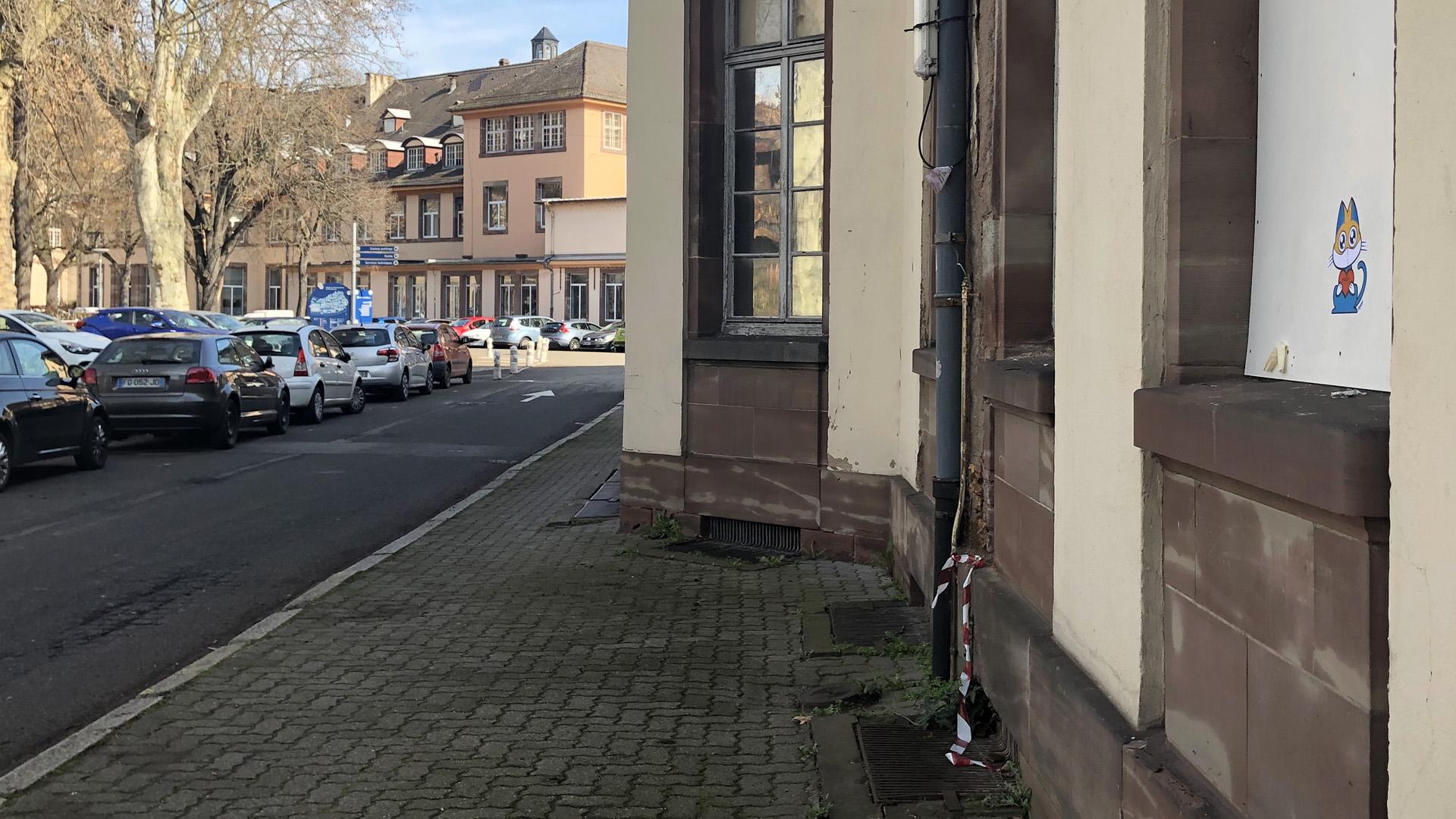Supacat Street Art Strasbourg - Love for the Med Team